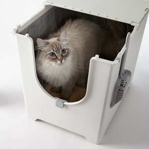 Flip Litter Box Kit Includes Scoop and Reusable Liner